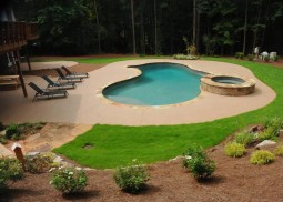 Gunite Pool & Spillover Spa